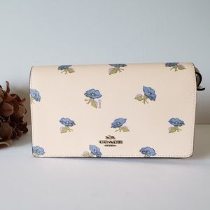 NWT Coach Phone Crossbody Clutch Bell Flower